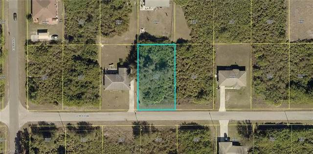 2612 13th St SW, LEHIGH ACRES, FL 33976 (MLS #220026887) :: RE/MAX Realty Group