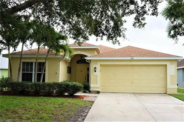 9230 Middle Oak Dr, FORT MYERS, FL 33967 (#220034887) :: Caine Premier Properties
