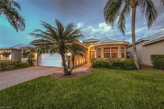 19539 Silver Oak Dr, ESTERO, FL 33967 (MLS #220039557) :: Palm Paradise Real Estate