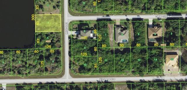 10279 Wildcat St, PORT CHARLOTTE, FL 33981 (MLS #220039576) :: Palm Paradise Real Estate
