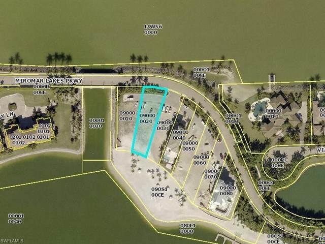 17843 Miromar Lakes Pky, MIROMAR LAKES, FL 33913 (#220040199) :: The Dellatorè Real Estate Group