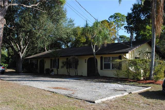 903 SE 24th Ave, CAPE CORAL, FL 33990 (MLS #220042913) :: RE/MAX Realty Group