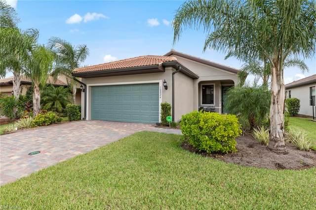 10824 Glenhurst St, FORT MYERS, FL 33913 (#220044689) :: The Dellatorè Real Estate Group