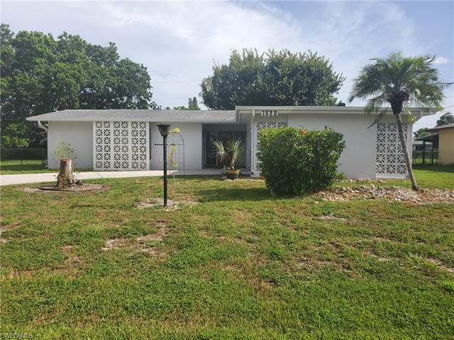 1522 SE 42nd St, CAPE CORAL, FL 33904 (MLS #220047926) :: RE/MAX Realty Group