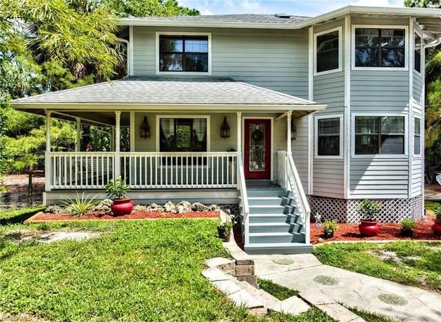 1071 20th Ave NE, NAPLES, FL 34120 (#220050585) :: Caine Premier Properties