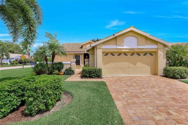 12721 Maiden Cane Ln, BONITA SPRINGS, FL 34135 (#220053650) :: The Dellatorè Real Estate Group