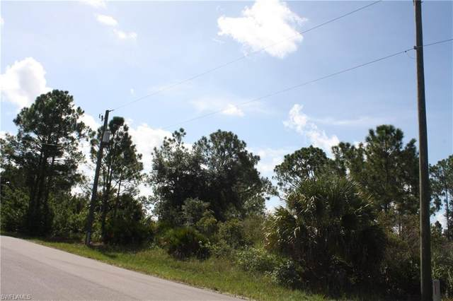 3103 45th St W, LEHIGH ACRES, FL 33971 (MLS #220054610) :: Kris Asquith's Diamond Coastal Group