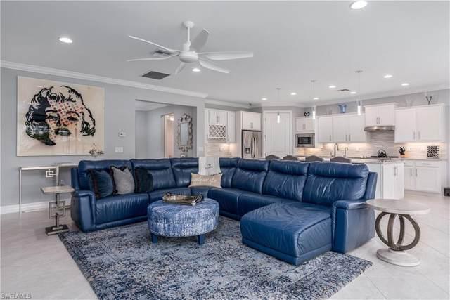 11812 Dixon Dr, FORT MYERS, FL 33913 (#220055110) :: The Dellatorè Real Estate Group