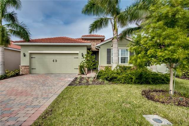 3144 Royal Gardens Ave, FORT MYERS, FL 33916 (MLS #220059604) :: Kris Asquith's Diamond Coastal Group