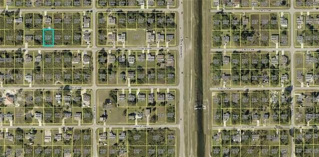 3208 5th St SW, LEHIGH ACRES, FL 33976 (#220060346) :: Caine Premier Properties