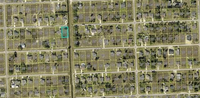4101 4th St SW, LEHIGH ACRES, FL 33976 (#220060360) :: Caine Premier Properties