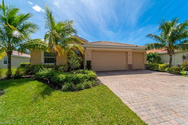 3220 Banyon Hollow Loop, NORTH FORT MYERS, FL 33903 (#220061441) :: Vincent Napoleon Luxury Real Estate