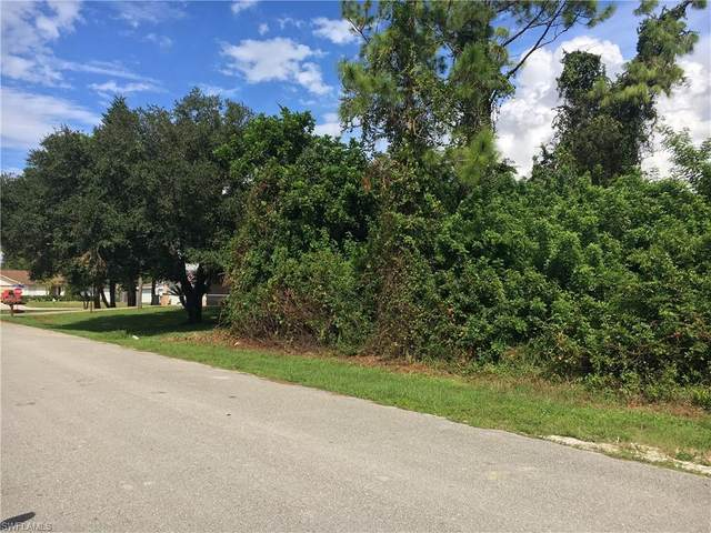 18217 Oak Rd, FORT MYERS, FL 33967 (MLS #220066433) :: Kris Asquith's Diamond Coastal Group