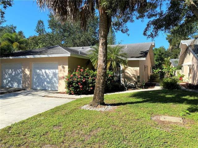12307 Londonderry Ln, BONITA SPRINGS, FL 34135 (#220066860) :: The Michelle Thomas Team