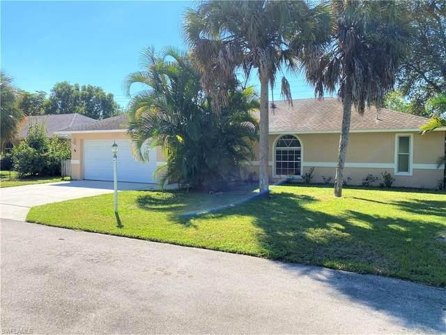 12381 Londonderry Ln, BONITA SPRINGS, FL 34135 (#220066981) :: The Dellatorè Real Estate Group