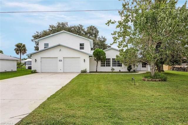 4831 Tarpon Ave, BONITA SPRINGS, FL 34134 (#220067764) :: The Dellatorè Real Estate Group