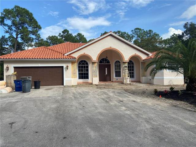 24743 Red Robin Dr, BONITA SPRINGS, FL 34135 (MLS #220070576) :: The Naples Beach And Homes Team/MVP Realty