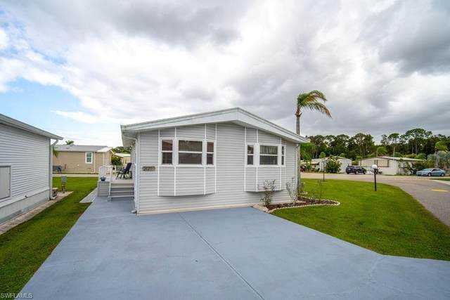 20201 Apple Tree Ln, ESTERO, FL 33928 (MLS #220076992) :: Clausen Properties, Inc.