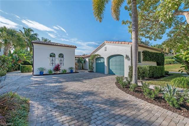 16614 Cortona Ln, NAPLES, FL 34110 (#221002052) :: Vincent Napoleon Luxury Real Estate