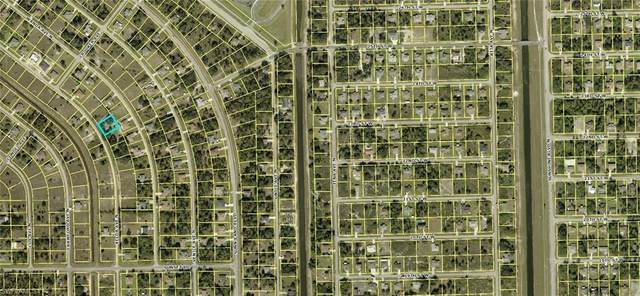 1920 Xelda Ave N, LEHIGH ACRES, FL 33971 (MLS #221003514) :: RE/MAX Realty Group