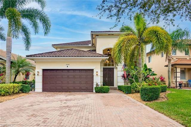 1653 Birdie Dr, NAPLES, FL 34120 (#221003882) :: Southwest Florida R.E. Group Inc