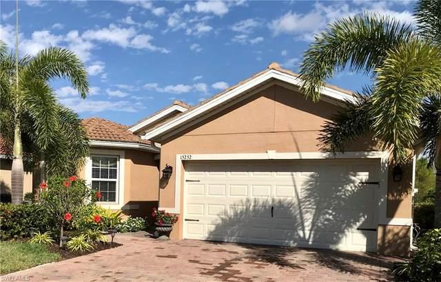 15252 Yellow Wood Dr, ALVA, FL 33920 (#221011875) :: Vincent Napoleon Luxury Real Estate