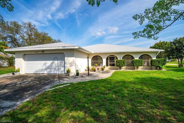 300 Thompson Ave, LEHIGH ACRES, FL 33936 (MLS #221013863) :: Realty World J. Pavich Real Estate