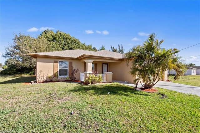 2809 NW 4th Ter, CAPE CORAL, FL 33993 (#221014099) :: Caine Luxury Team