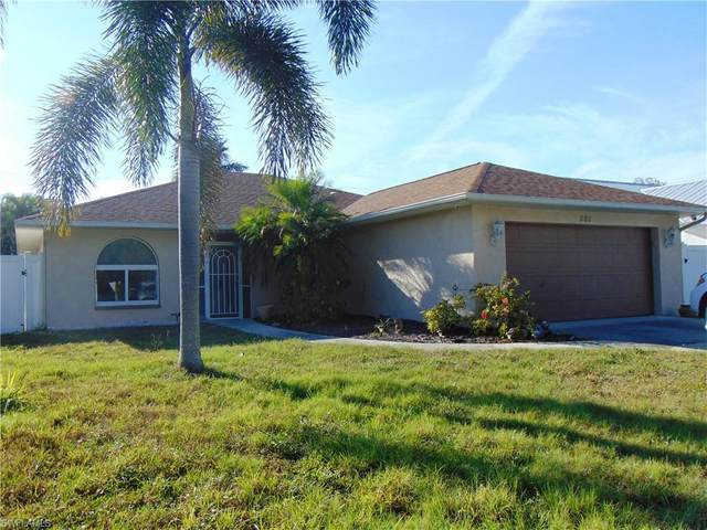 581 Forest Ave, BONITA SPRINGS, FL 34134 (MLS #221016947) :: Avantgarde