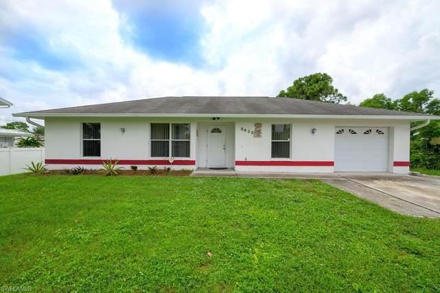 8430 Robin Rd, FORT MYERS, FL 33967 (#221017479) :: The Dellatorè Real Estate Group