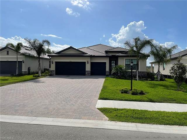 17580 Kinzie Ln, ESTERO, FL 33928 (MLS #221024428) :: Premiere Plus Realty Co.