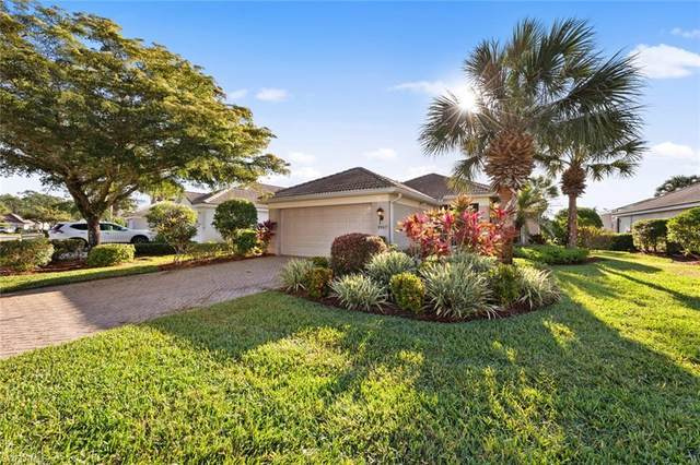9967 Horse Creek Rd, FORT MYERS, FL 33913 (#221027051) :: The Michelle Thomas Team