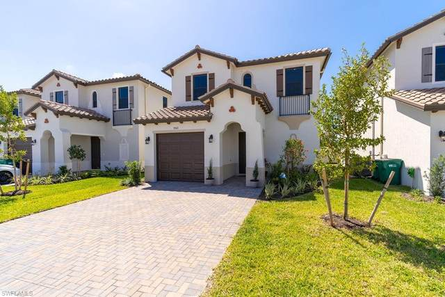 9041 Madrid Cir, NAPLES, FL 34104 (MLS #221027108) :: #1 Real Estate Services
