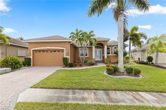8268 Southwind Bay Cir, FORT MYERS, FL 33908 (MLS #221027801) :: Wentworth Realty Group