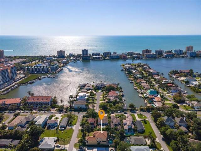 511 93rd Ave N, NAPLES, FL 34108 (#221028400) :: Southwest Florida R.E. Group Inc