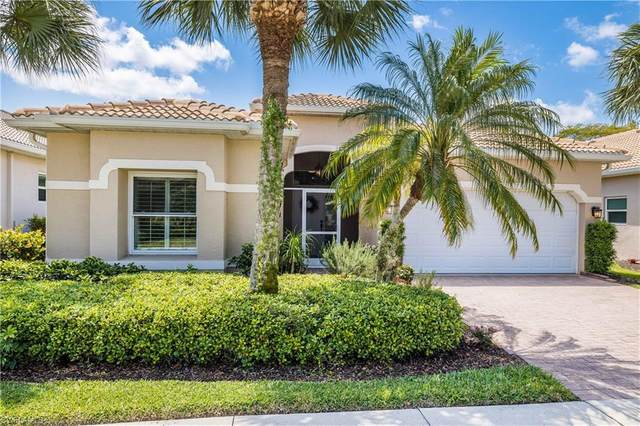 276 Glen Eagle Cir, NAPLES, FL 34104 (MLS #221028711) :: Realty World J. Pavich Real Estate