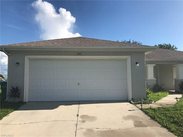 621 NW 11th St, CAPE CORAL, FL 33993 (MLS #221053969) :: Clausen Properties, Inc.