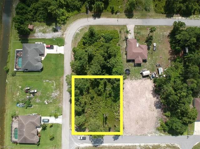 567 Beach Ave S, LEHIGH ACRES, FL 33974 (MLS #221054197) :: Wentworth Realty Group