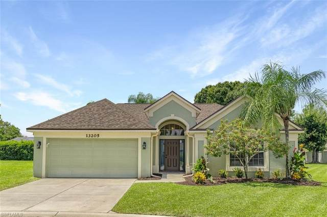 13205 Highland Chase Pl, FORT MYERS, FL 33913 (MLS #221054945) :: Medway Realty