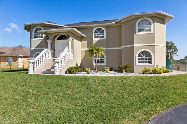 2505 41st Ave NE, NAPLES, FL 34120 (MLS #221064553) :: The Naples Beach And Homes Team/MVP Realty