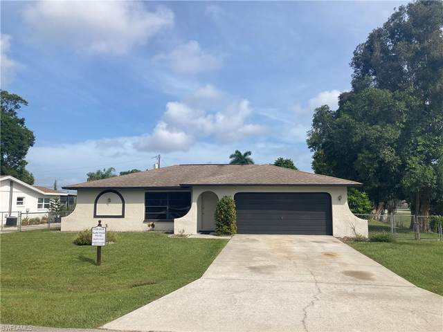1333 Macombo Rd, FORT MYERS, FL 33919 (#221068530) :: The Michelle Thomas Team