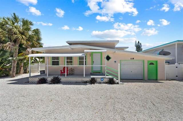118 Voorhis St, FORT MYERS BEACH, FL 33931 (#221069879) :: Southwest Florida R.E. Group Inc
