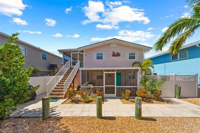 5530 Palmetto St, FORT MYERS BEACH, FL 33931 (#221069899) :: Southwest Florida R.E. Group Inc