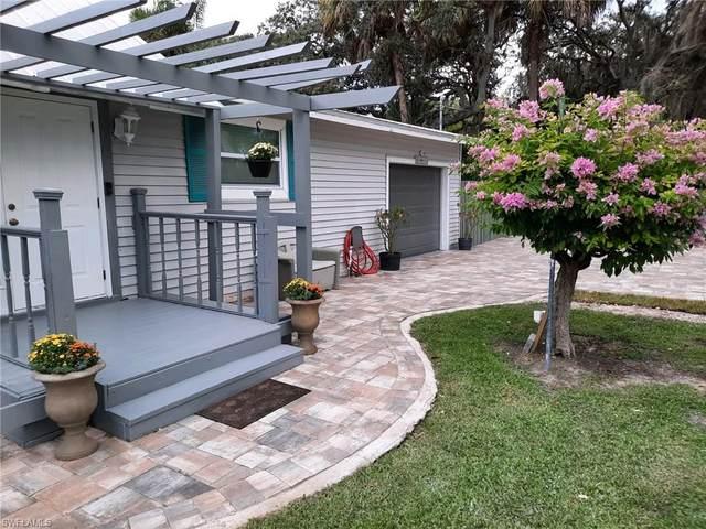 10641 Dean St, BONITA SPRINGS, FL 34135 (MLS #221073543) :: Crimaldi and Associates, LLC