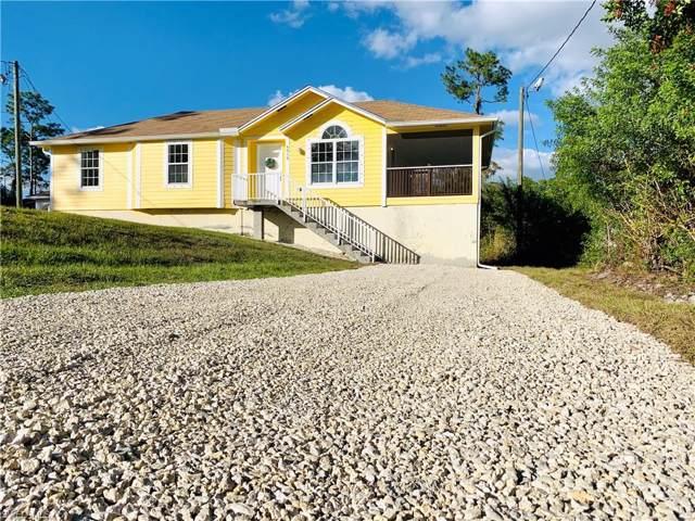 4015 16TH Ave SE, NAPLES, FL 34117 (#219056106) :: Jason Schiering, PA