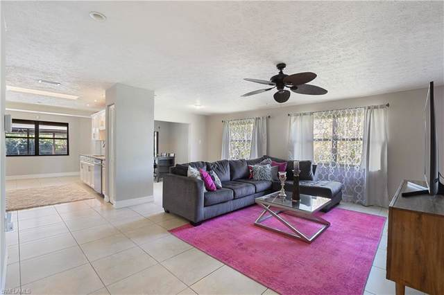 654 105th Ave N, NAPLES, FL 34108 (#220007180) :: The Dellatorè Real Estate Group