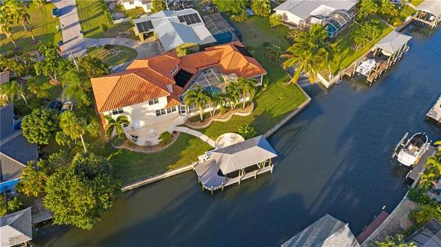 122 Seahorse Ln, FORT MYERS BEACH, FL 33931 (MLS #220073592) :: Clausen Properties, Inc.