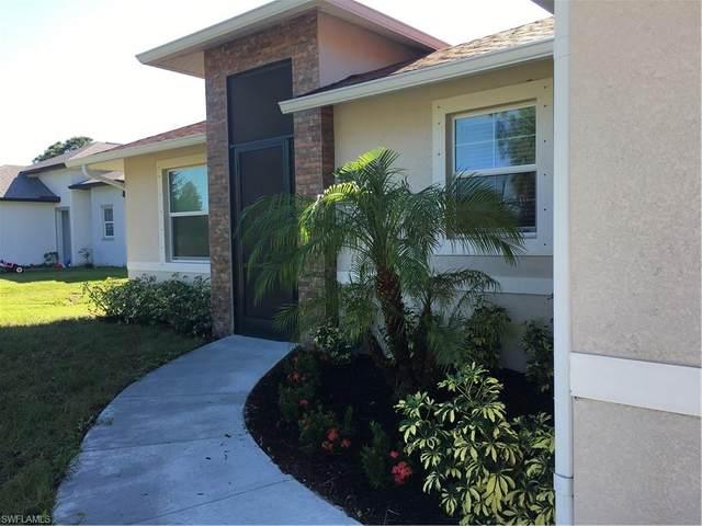 3760 37th Ave NE, NAPLES, FL 34120 (#220074038) :: Vincent Napoleon Luxury Real Estate