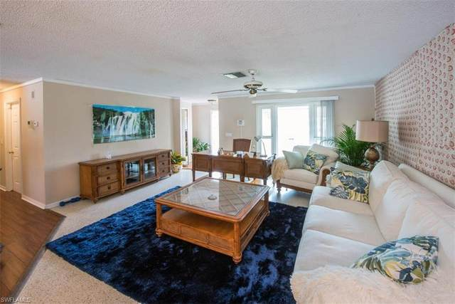 8914 Fordham St, FORT MYERS, FL 33907 (#221027811) :: The Michelle Thomas Team