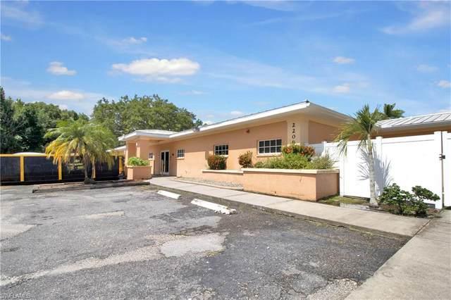 2208 Castillo Ave, PUNTA GORDA, FL 33950 (MLS #221050245) :: Clausen Properties, Inc.